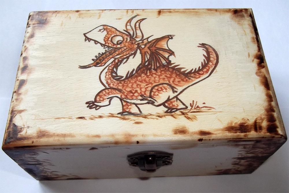 Incisioni su legno con pirografo np46 regardsdefemmes - Decorazioni pirografo ...