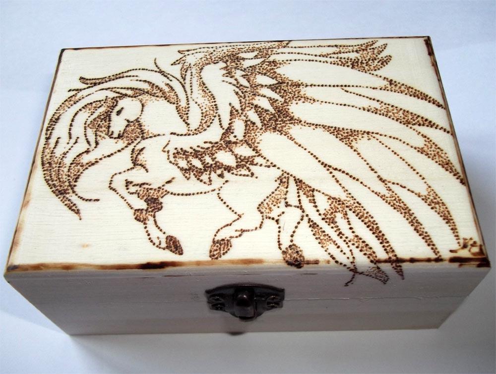 Pirografia su legno artigianato artistico for Disegni cavalli alati