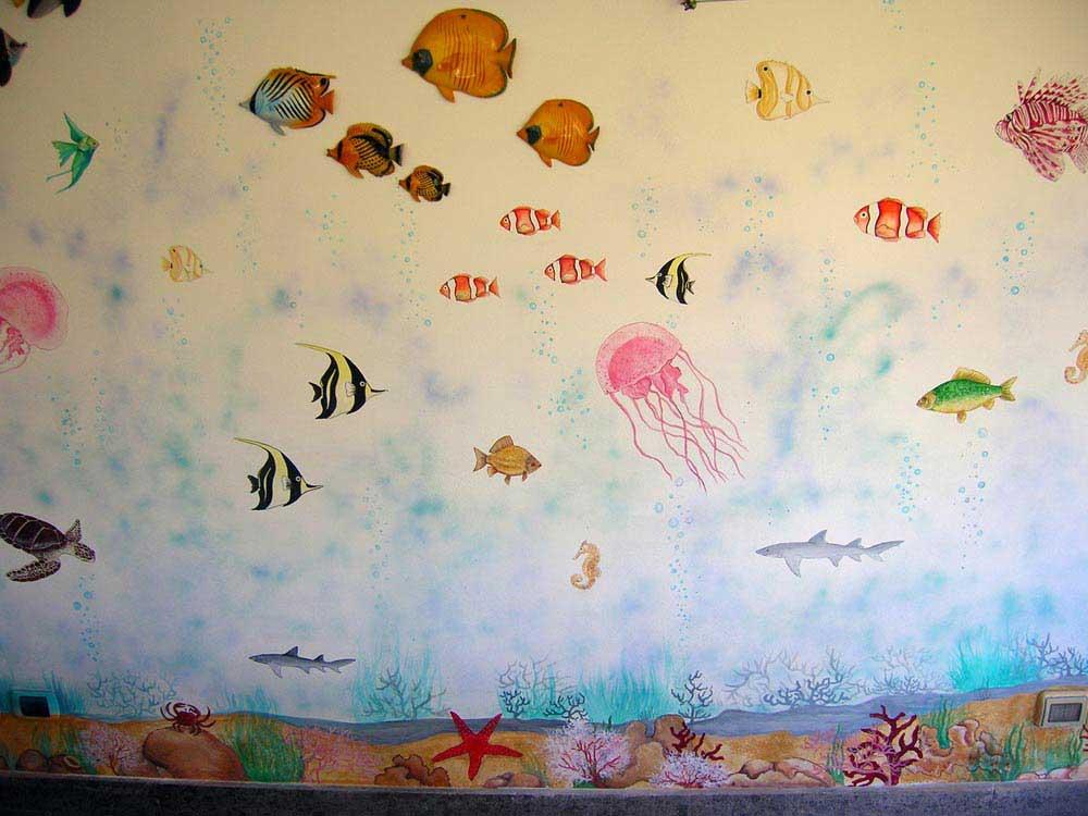 Decorazione d 39 interni a roma realizzazione murales disney - Fondo rasante per piastrelle murali ...